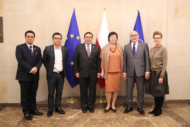 DPR Harap Dukungan Polandia Soal Bebas Visa Schengen
