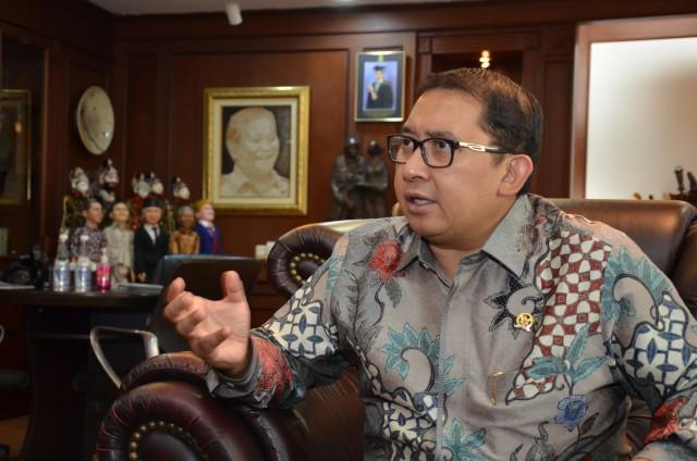 Fadli Minta Penegak Hukum Netral Hadapi Persekusi Neno Warisman