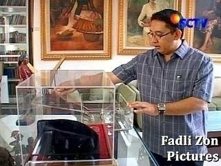 Fadli Zon Cinta Benda Sejarah Indonesia - SCTV