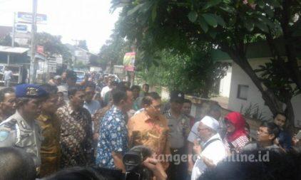 Fadli Zon Tinjau Perumahan Tergusur UIN Ciputat