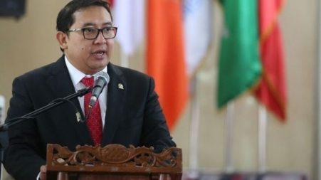 Fadli Zon minta TNI-Pori hindari kontak senjata