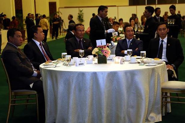 http://fadlizon.com/uploads/berita/Gala-Dinner-Pimpinan-DPR-RI-dengan-Para-Duta-Besar-2.jpg