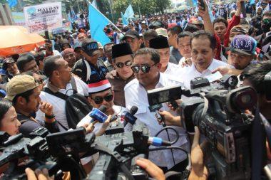 Kehidupan Buruh Era Jokowi Semakin Suram