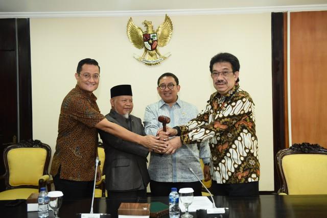 Wakil Ketua DPR RI Fadli Zon melantik Pimpinan BKSAP